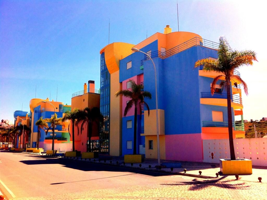 Technicolor City, Albufeira